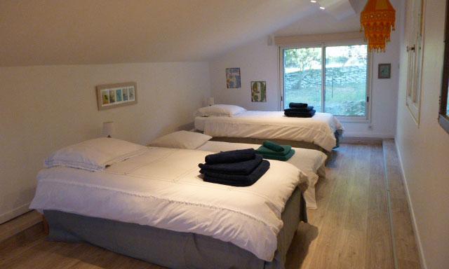 maison de vacances proche l isle sur la sorgue. Black Bedroom Furniture Sets. Home Design Ideas